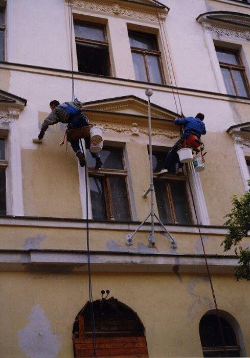 Opravy a nátěry fasád je naše nejčastější práce