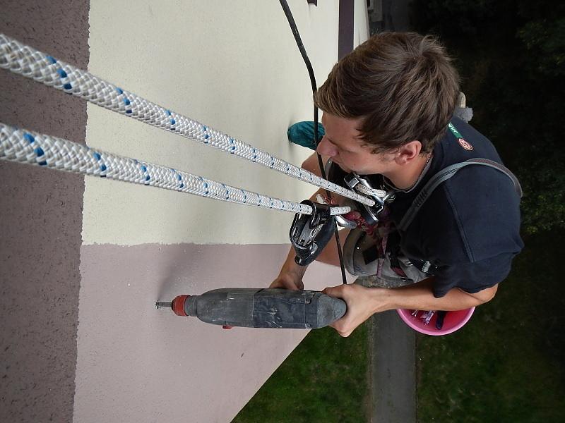 Montážní práce z lana