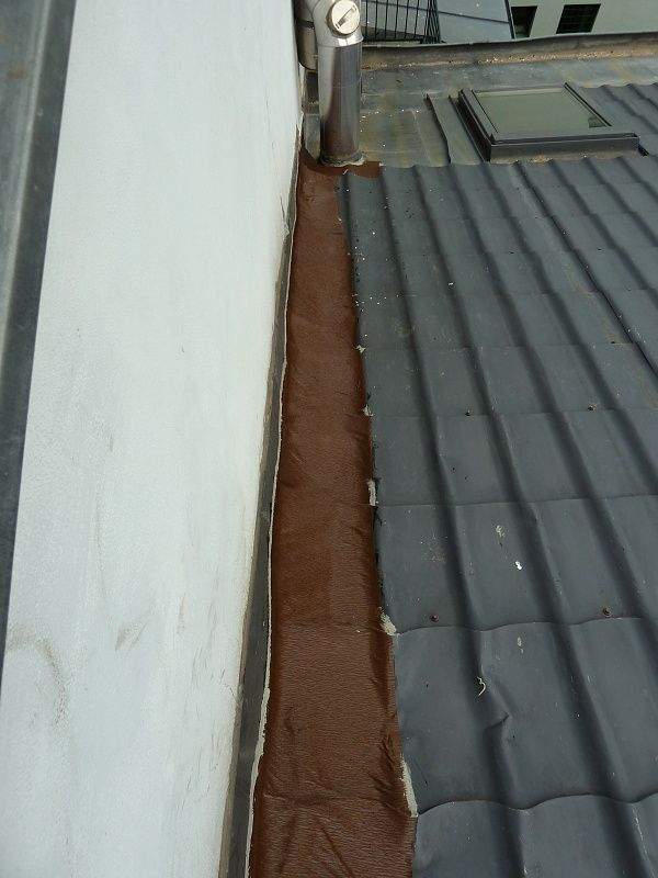 Izolace netěsné střechy bandážním pásem